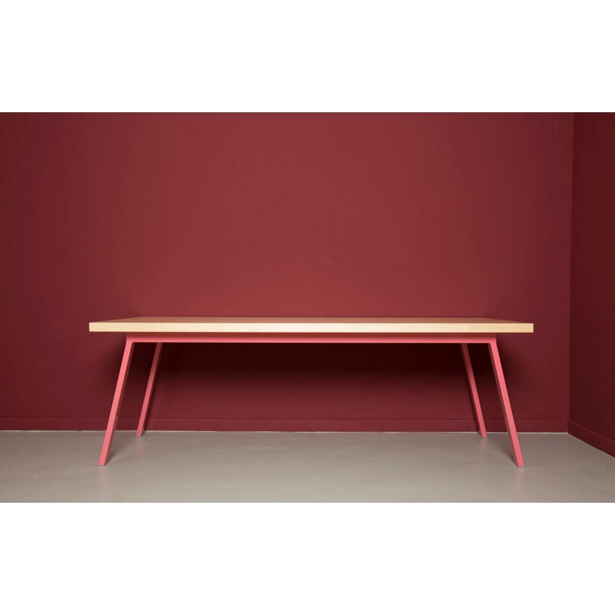 JOHANENLIES | Ess- und Konferenztisch aus recyceltem Bauholz und Stahl | VALKENBURG ALTROSA