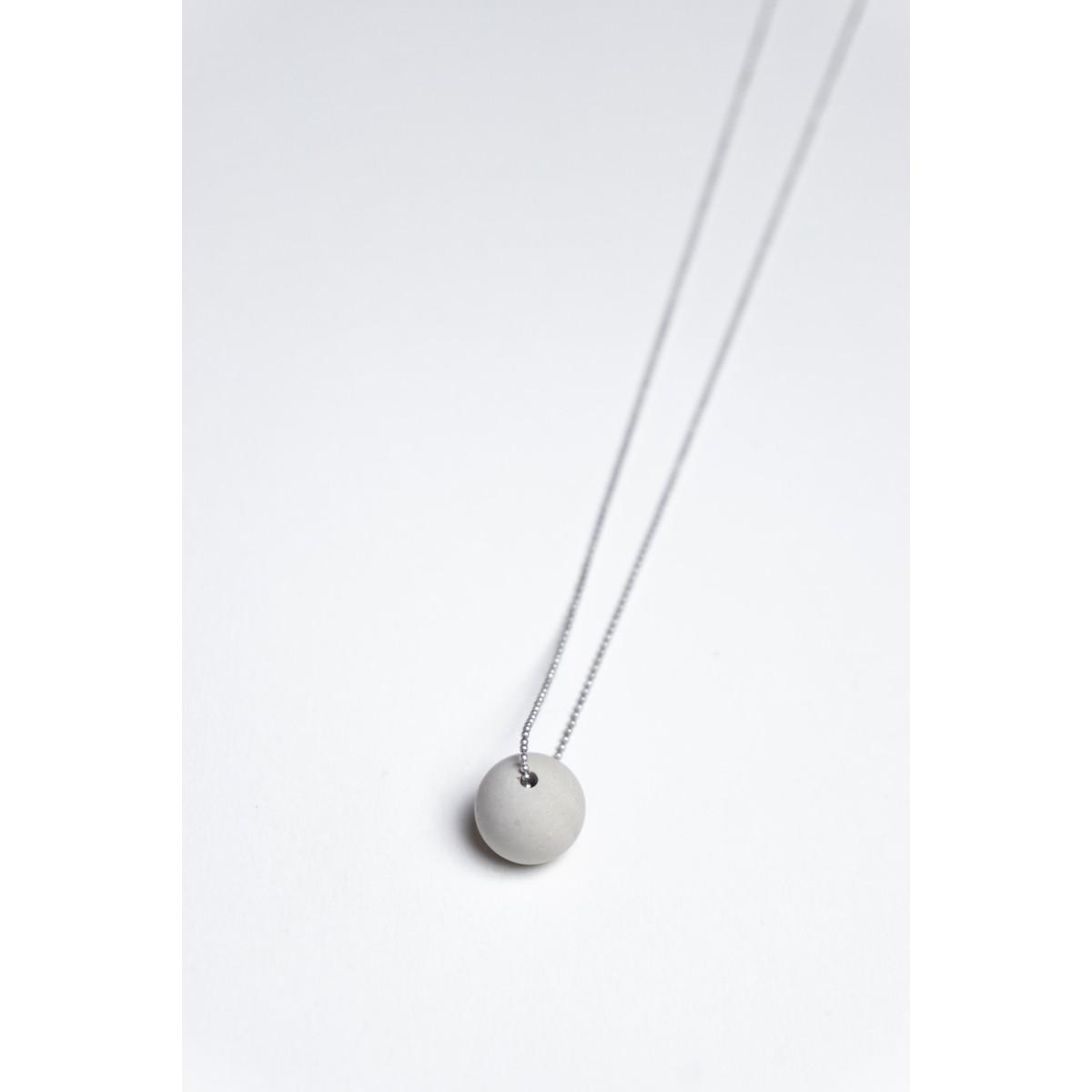 Klunkergrau Betonschmuck | Große Perle aus Beton
