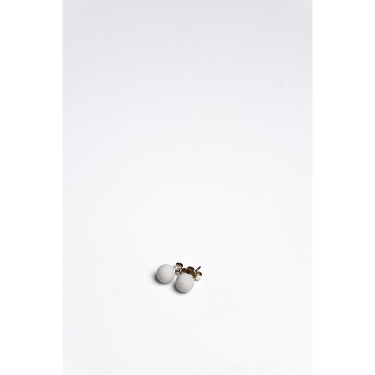 Klunkergrau Betonschmuck   Perlenohrringe aus Beton