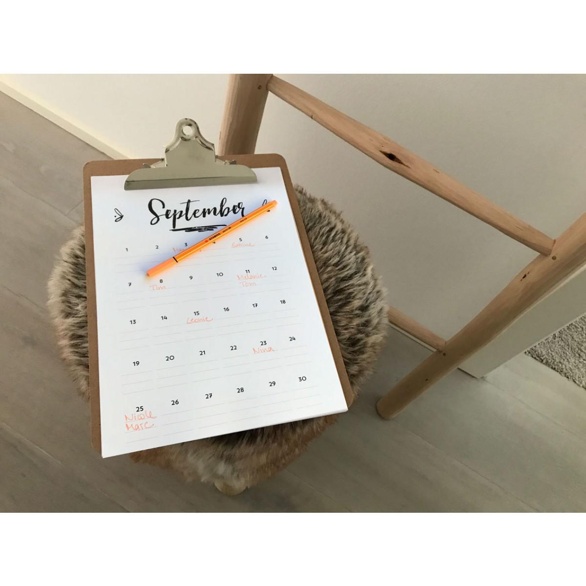Handlettering Geburtstagskalender Klemmbrett / Rosa