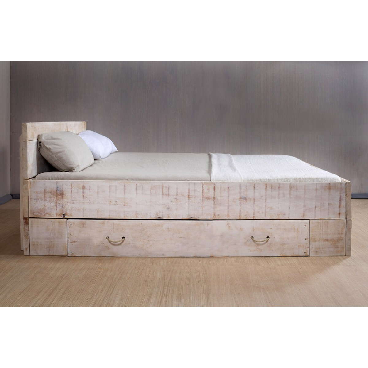 FraaiBerlin Bett Lunas 1x Bettkasten groß Kreidefarbe