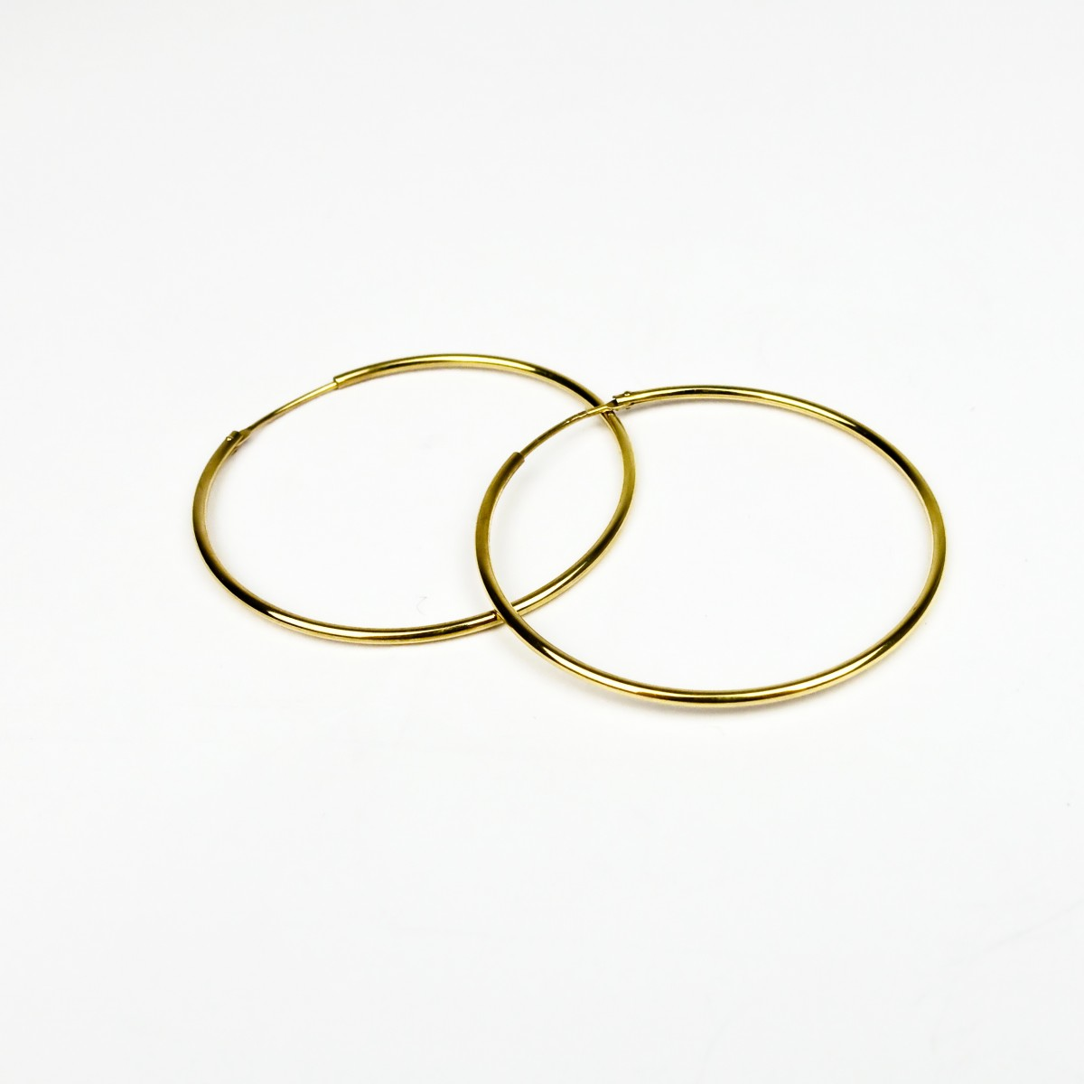 ST'ATOUR MAGDA – Creolen 44 mm in Gold, Silber oder Roségold