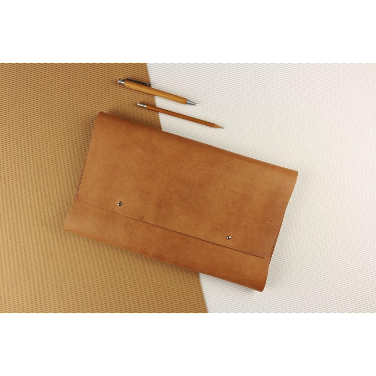 """Alexej Nagel Elegante MacBook 13"""" Hülle aus Vintage Leder [V]"""