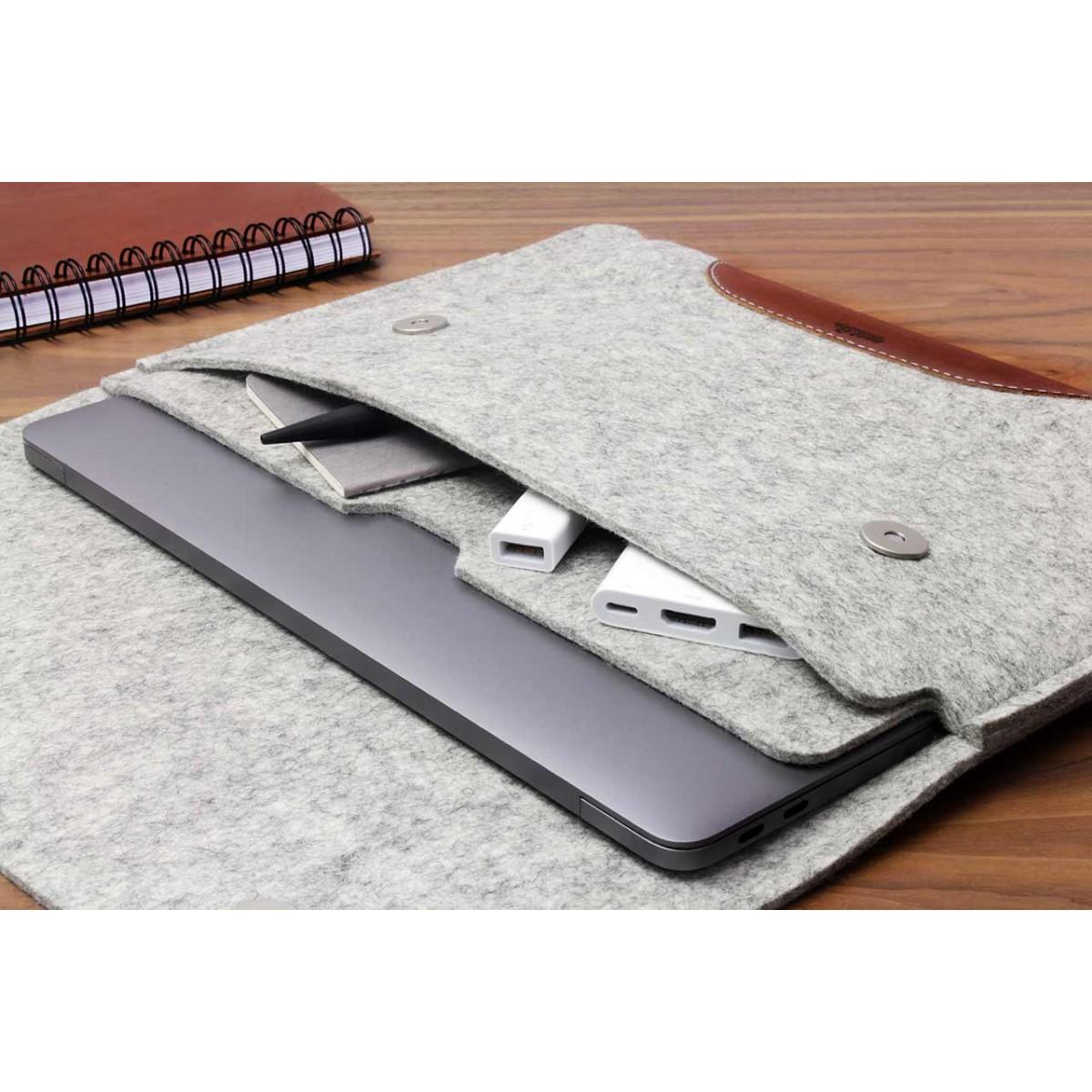 "MacBook Air 13"" (2018) Sleeve Hampshire 100% Merino Wollfilz, Pflanzlich gegerbtes Leder"