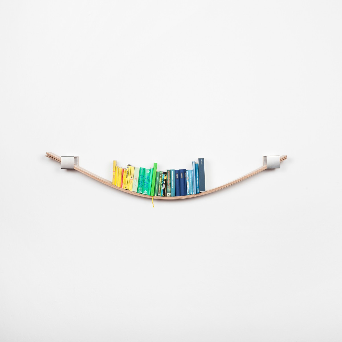 Chuck - the flexible wall shelf (natural)