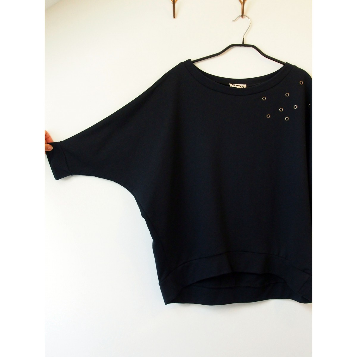 Trikotesse Eyelet Sweater