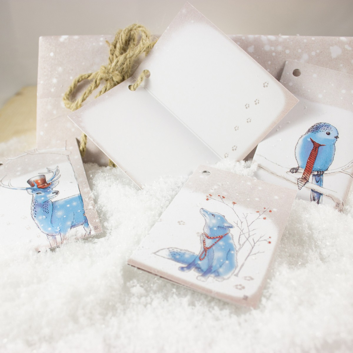 "Bow & Hummingbird Geschenkpapier ""Schnee"""