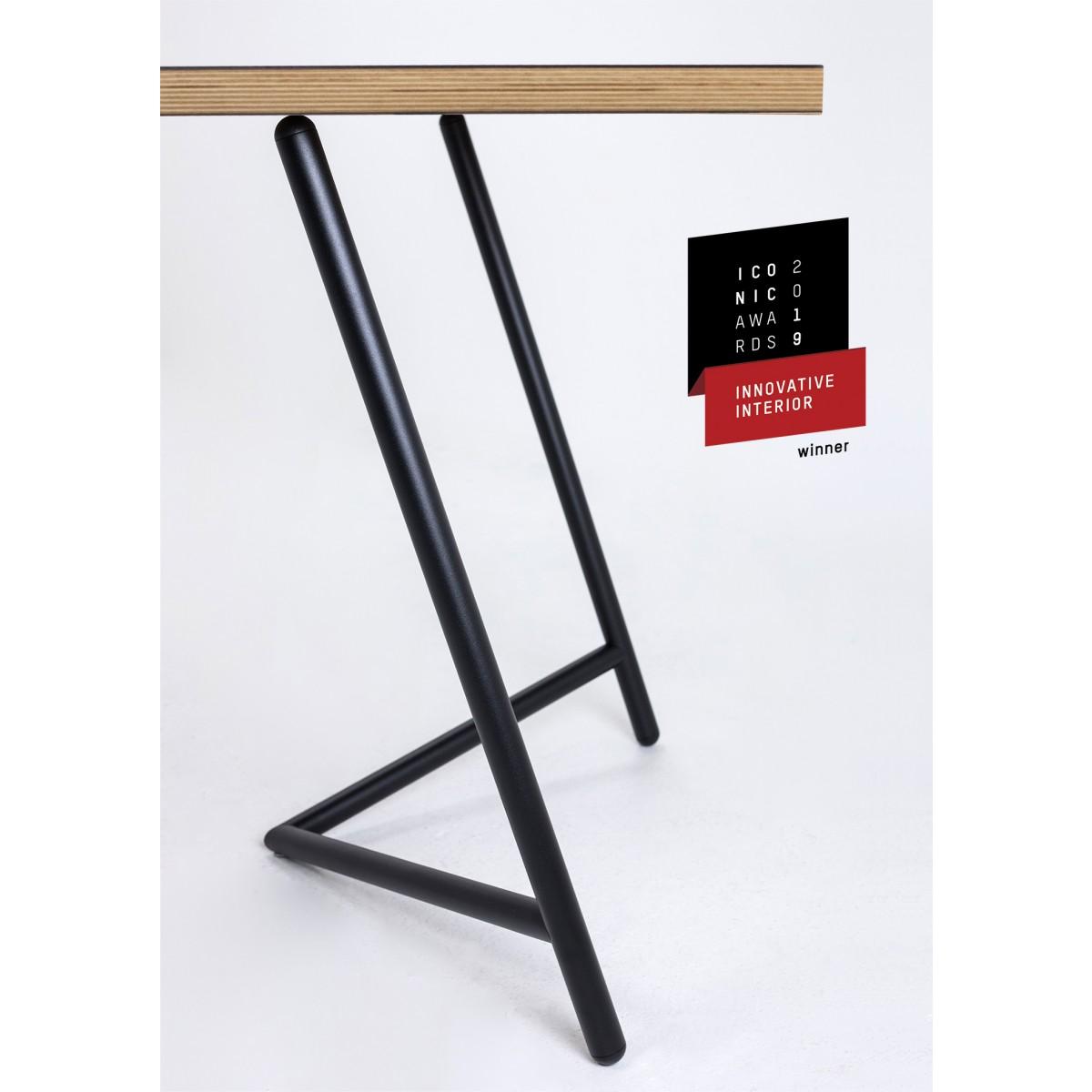"""""""Varius"""" Tischböcke mit Linoleum-Multiplexplatte von Rahmlow"""