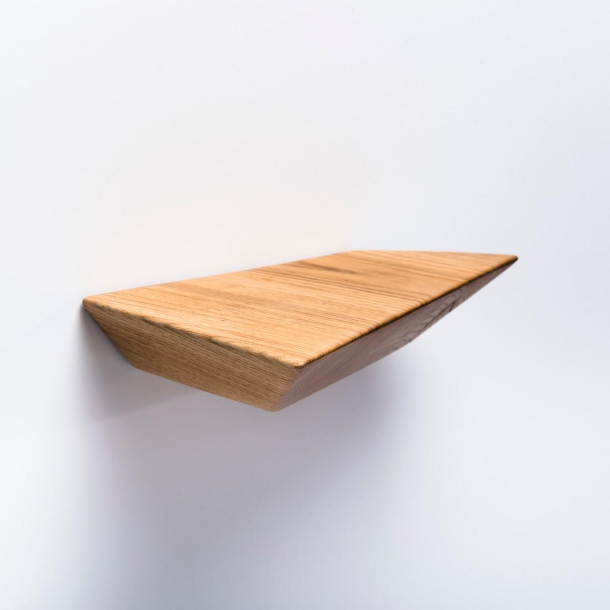 Schwebendes Wandregal aus Holz (Eiche massiv) von Verschnitt
