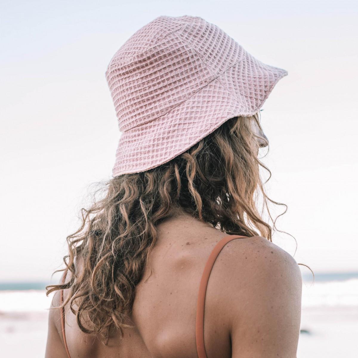 We Make Patterns - Bucket Hat Peach