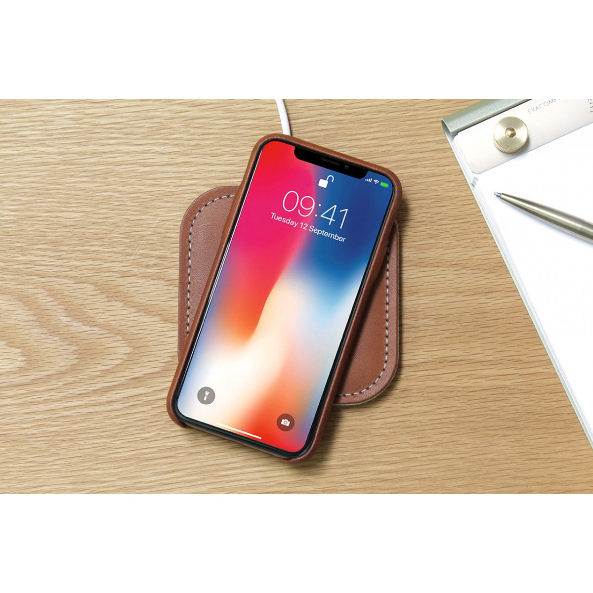"Pack & Smooch ""Fast Wireless Charger"" TAURUS 100% Merino Wollfilz, Naturleder"