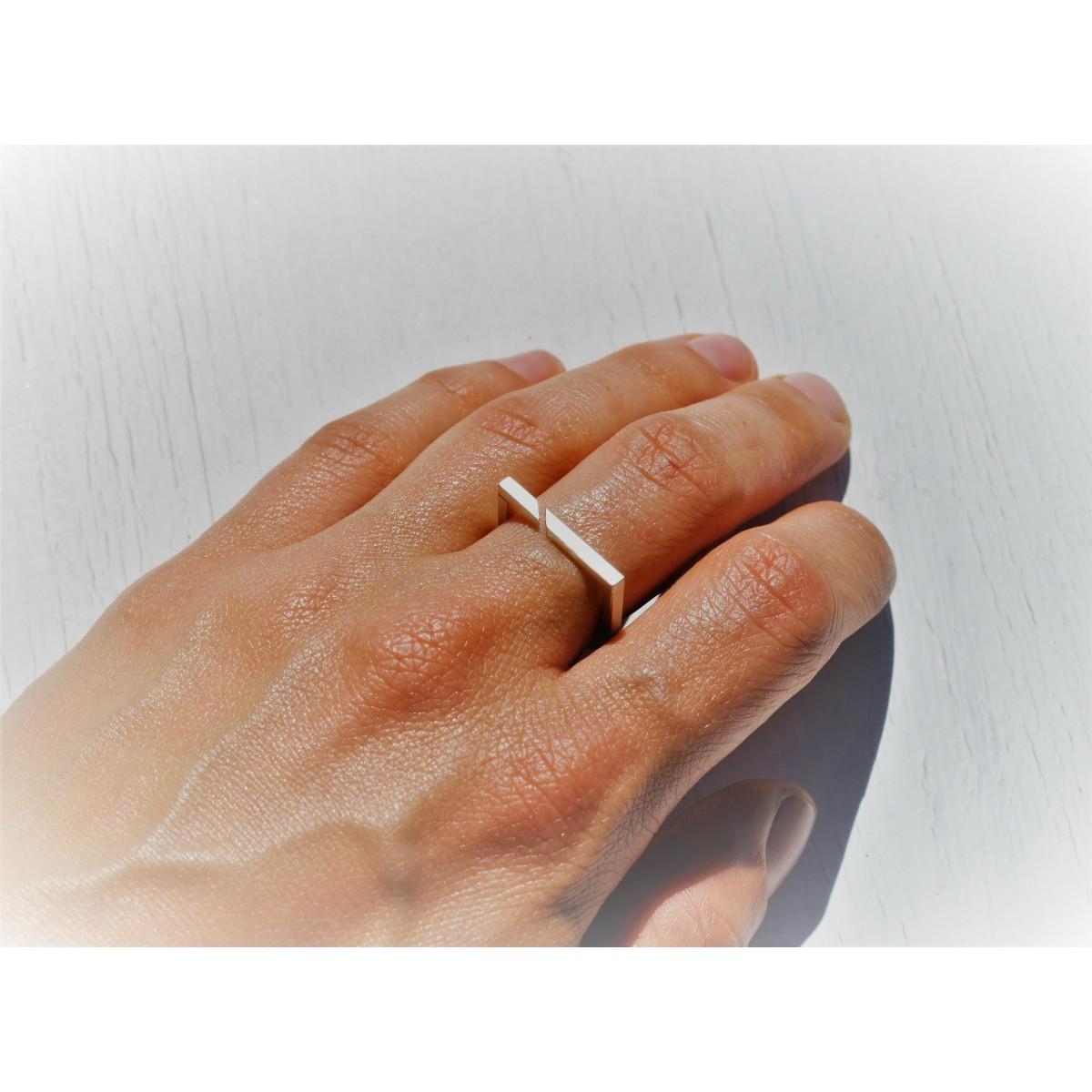 """Ring """"Geteilt"""" aus 925/- Silber"""