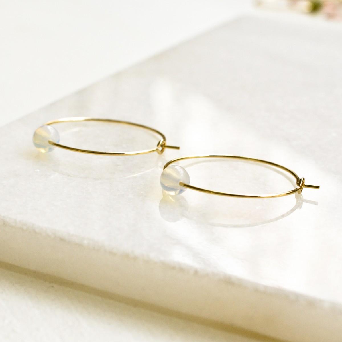 Gudbling // Vergoldete Kreolen mit Opalit