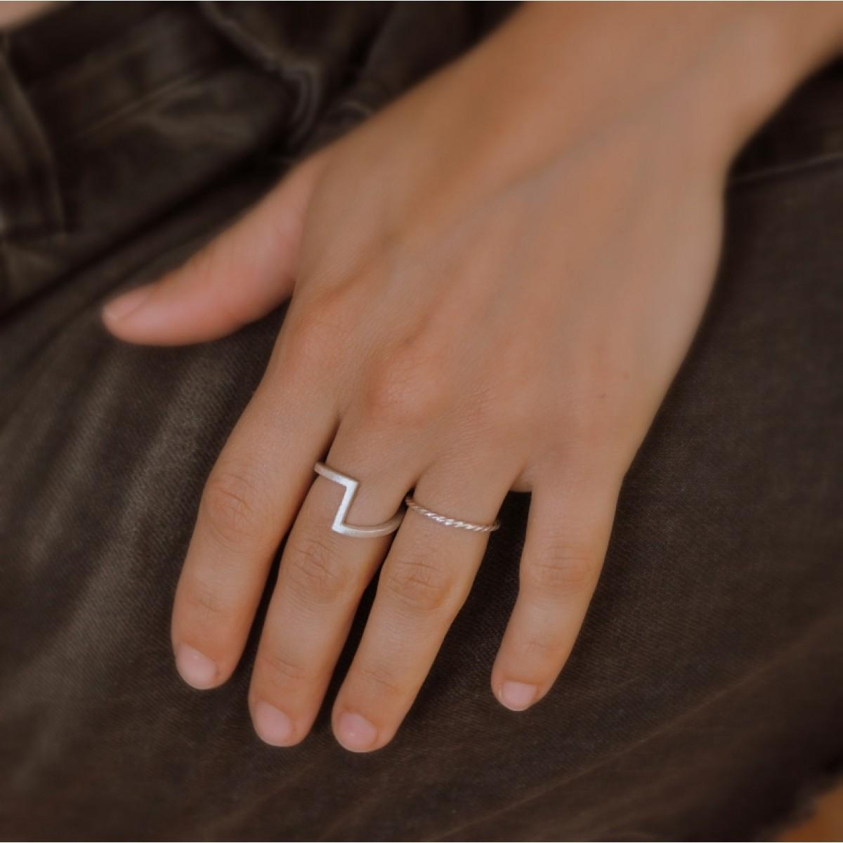 """Ring """"Verwinkelt"""" aus 925/- Silber"""