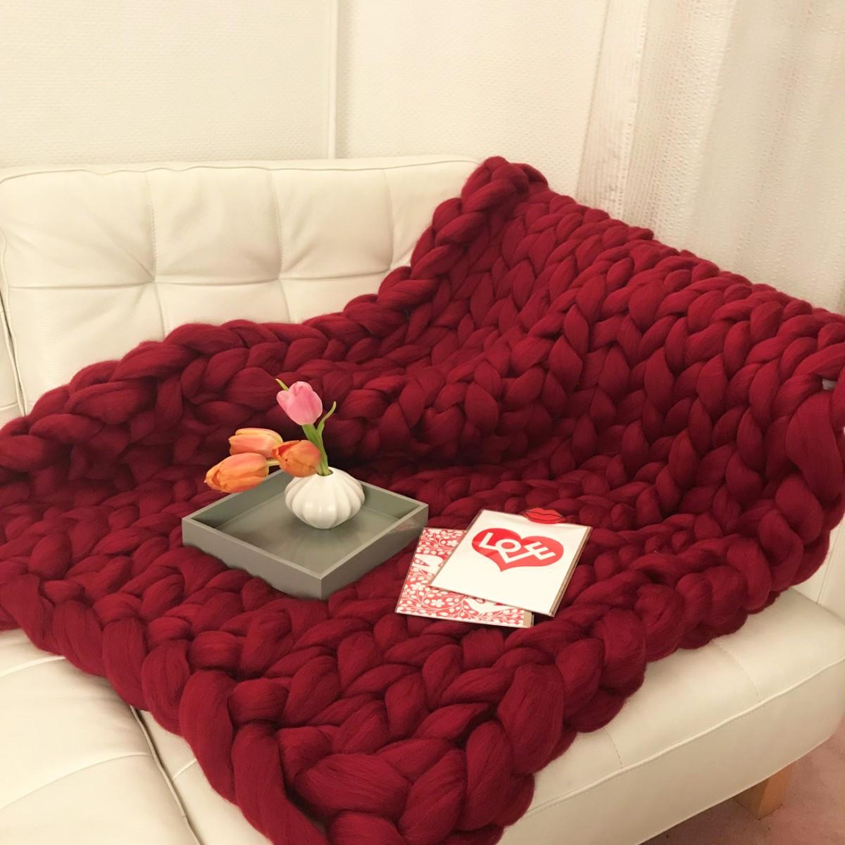 adorist. – Wolldecke Cosima Chunky Knit, bordeaux