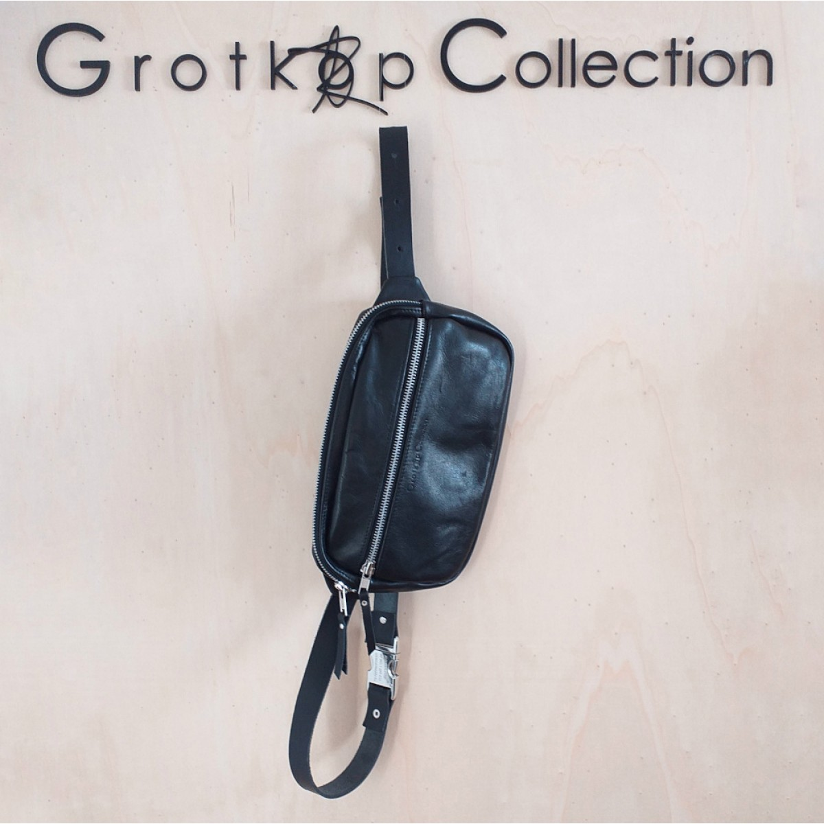 Grotkop Collection BUMBAG Gürtel/Schultertasche EDDA schwarz mit Verlängerung