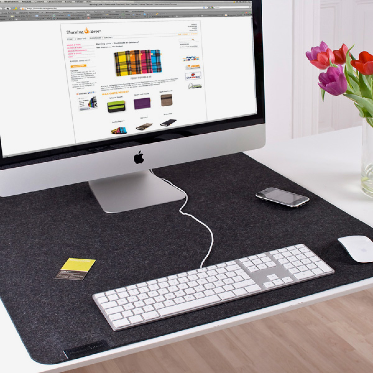 Desk-Pad Schreibtischunterlage King-Size (Filz) - Burning Love