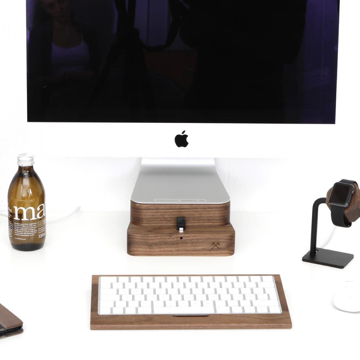 "Woodcessories - EcoFoot Dock Edt. - Premium iMac Stand + iPhone Dock für den Apple iMac & alle iPhones aus massivem Holz (iMac 21,5"", Eiche)"