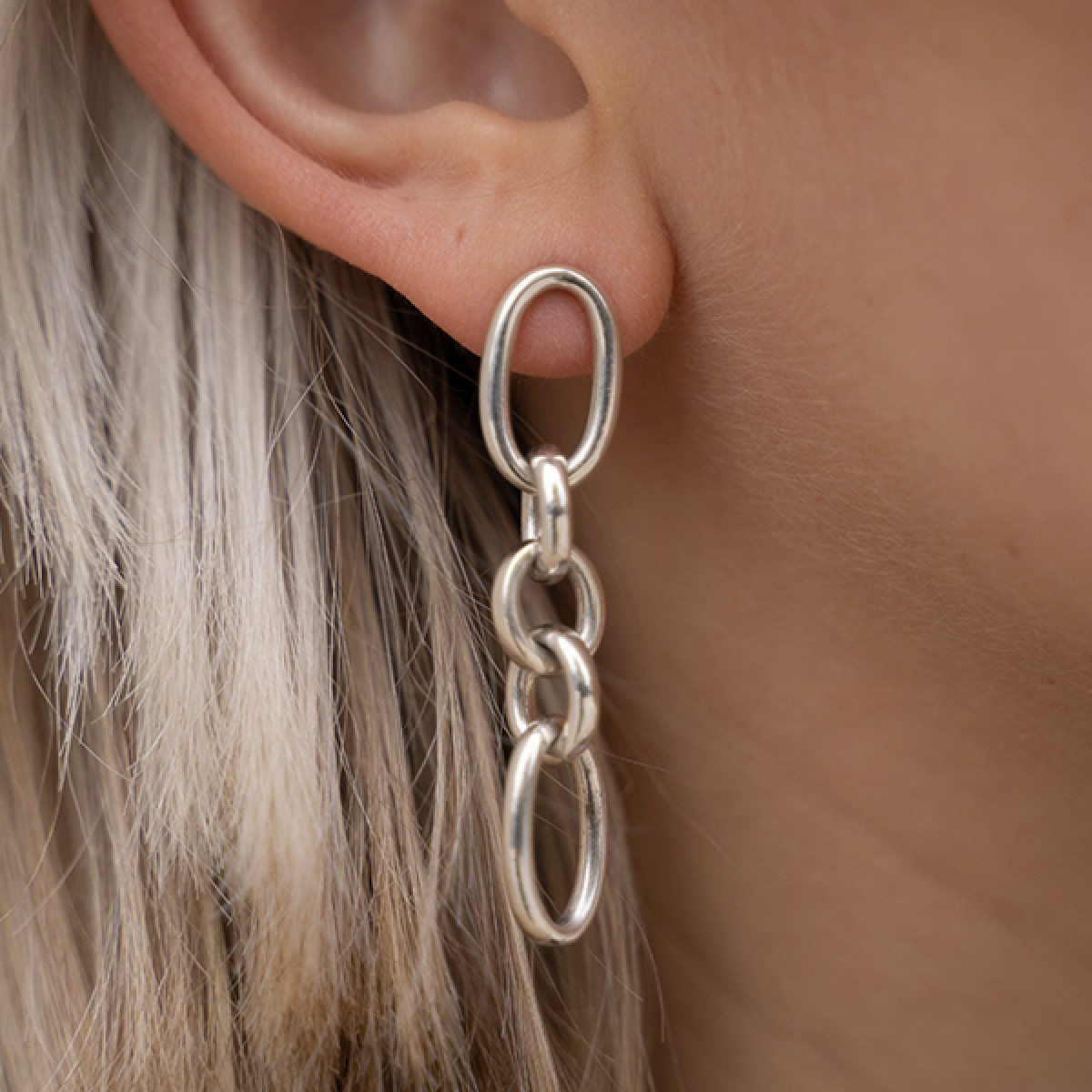 Fünf Earrings Anting
