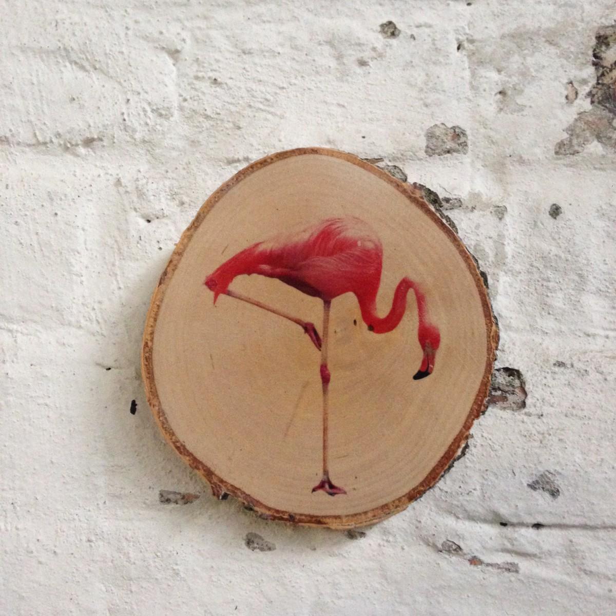 madeva holzliebe flamingo birkenastscheibe. Black Bedroom Furniture Sets. Home Design Ideas