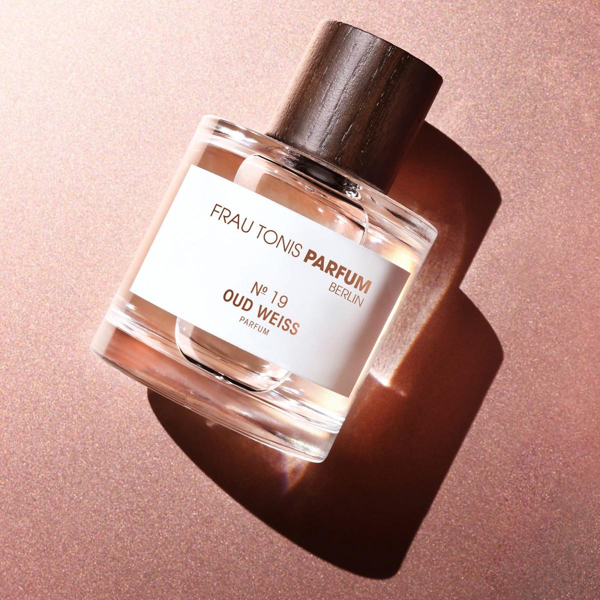 No. 19 Oud Weiss | Parfum Intense (50ml) by Frau Tonis Parfum