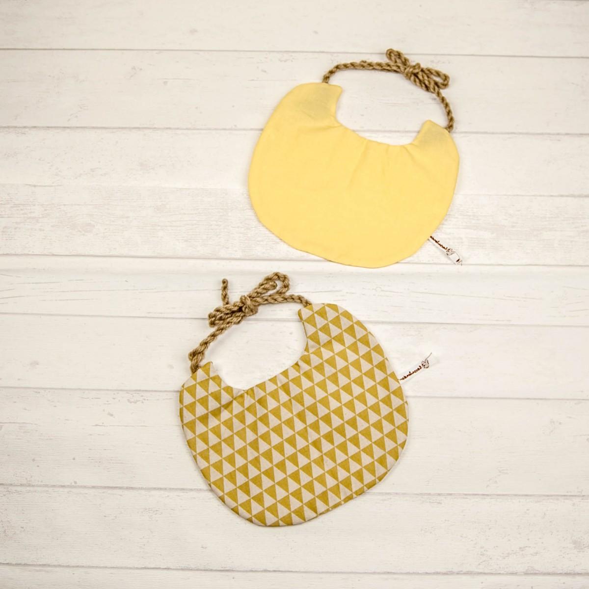 hasenkinder - wendbares Lätzchen Set gelb 23x19 cm (ohne Deko)