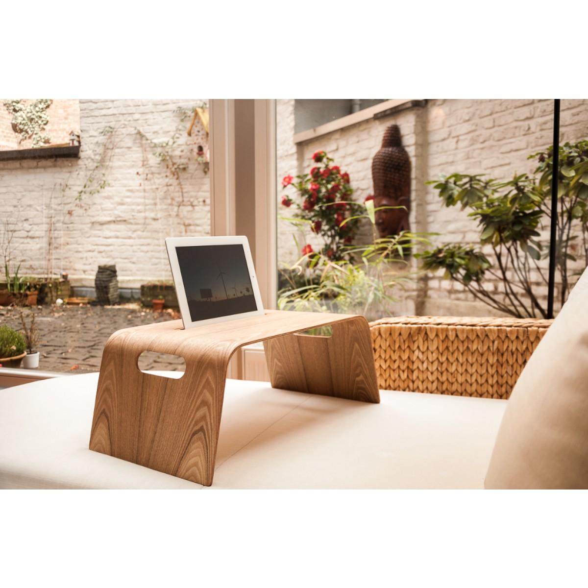 WOOD U? CHILL Halterung für iPad und Tablets für das Sofa und Bett aus Holz