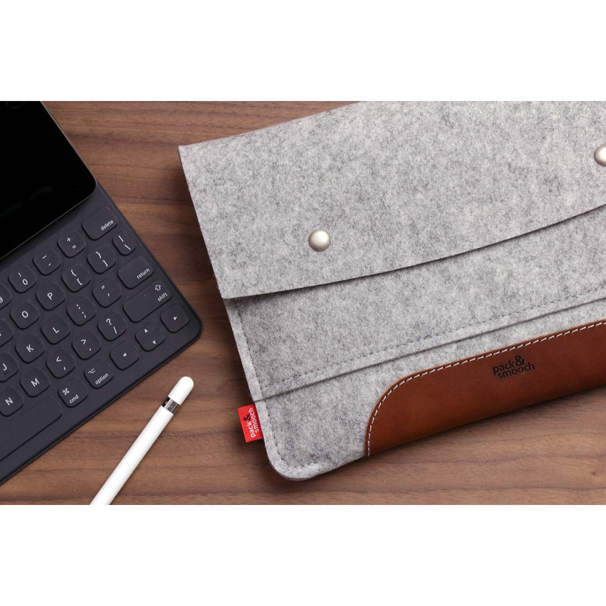 "Pack & Smooch iPad Pro 12.9"" (Late 2018) Hülle, Sleeve HAMPSHIRE 100% Merino Wollfilz, Naturlede"