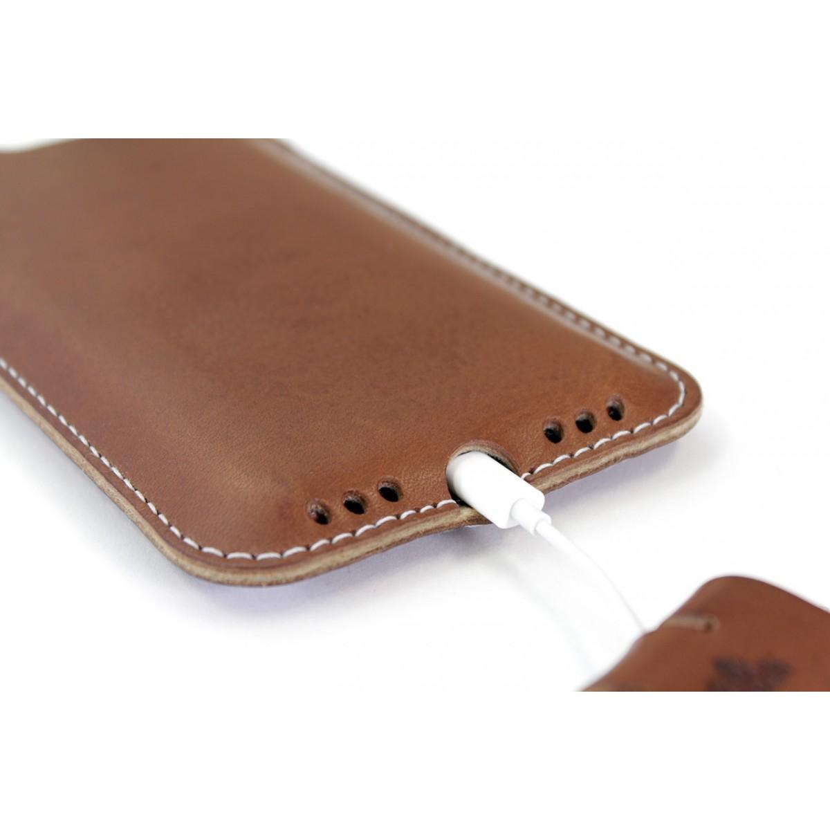 Pack & Smooch Kingston - iPhone 11 / XR Hülle aus pflanzlich gegerbtem Leder mit 100% Merino Wollfilz (Mulesing-frei) innen kaschiert. Schmale Version!