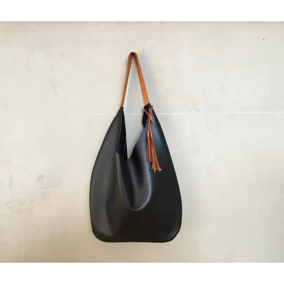 BSAITE große Beuteltasche aus echtem Leder / Hobo Bag / schwarz