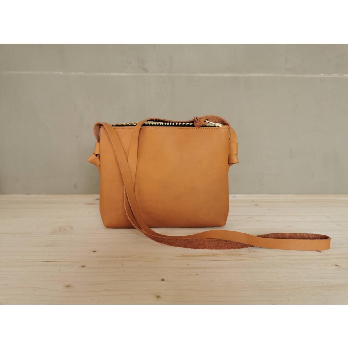BSAITE / Kleine Crossbody Tasche / Festival Bag / Leder Umhängetasche