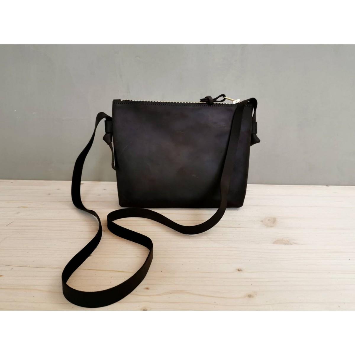 BSAITE kleine Schultertasche / Crossbody Bag Echt Leder / dunkelbraun