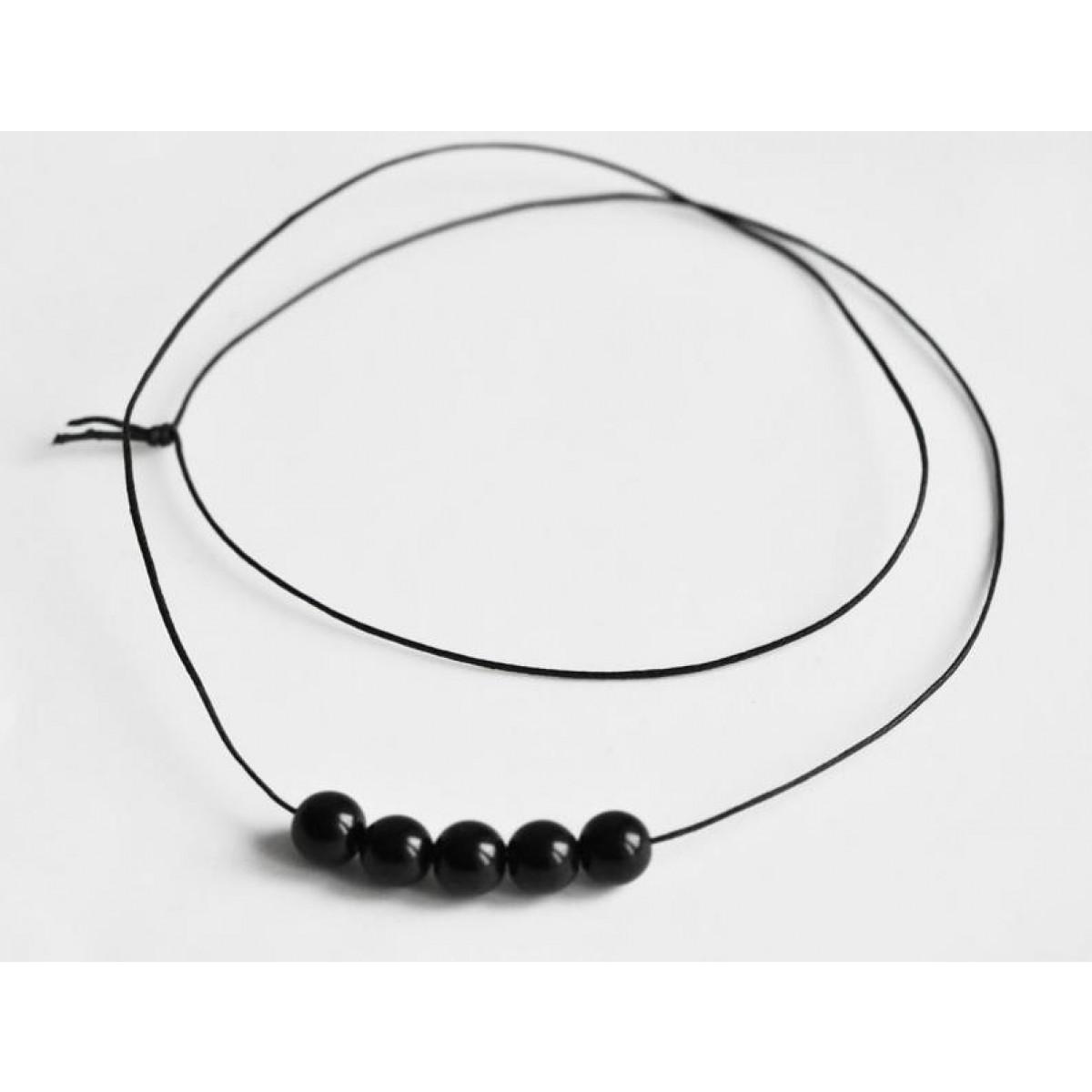 nahili Kette black & round mit schwarzen böhmischen Glasperlen