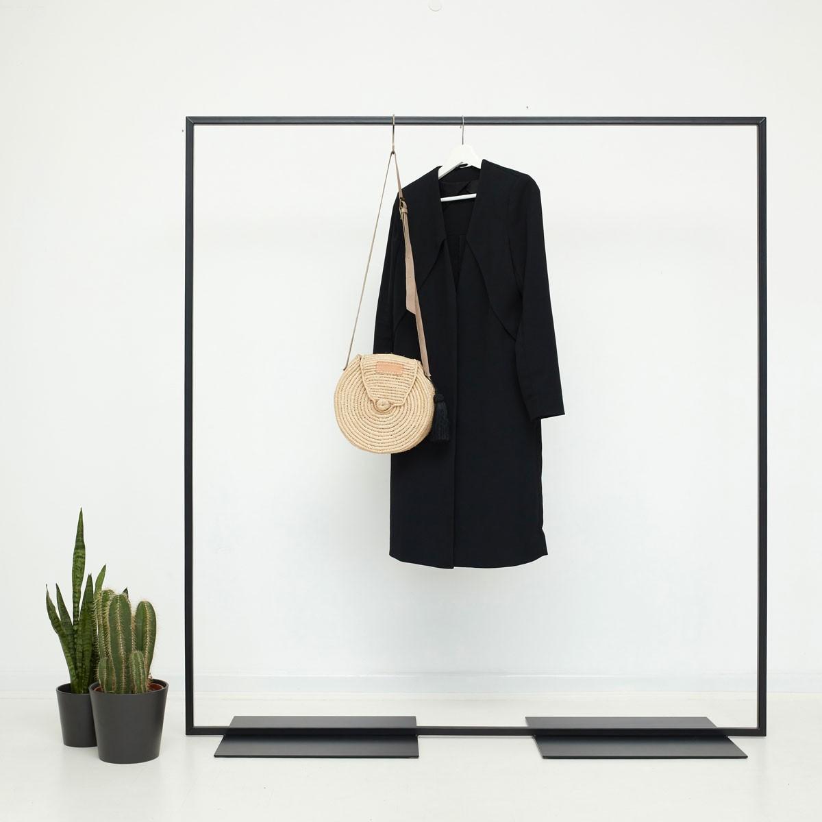 various Industrial Design Kleiderständer - skandinavisch geschweisst & schwarz pulverbeschichtet - Garderobenständer SIMPLE LOVE