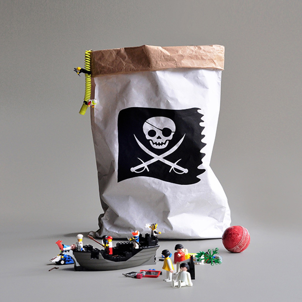 kolor Papiersack Pirat