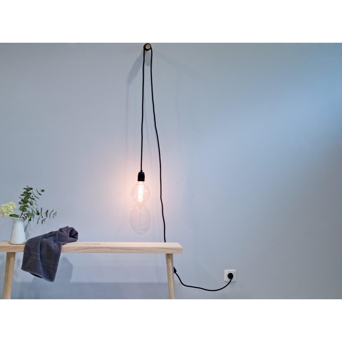 LAMPI, flexible Wandleuchte von kommod