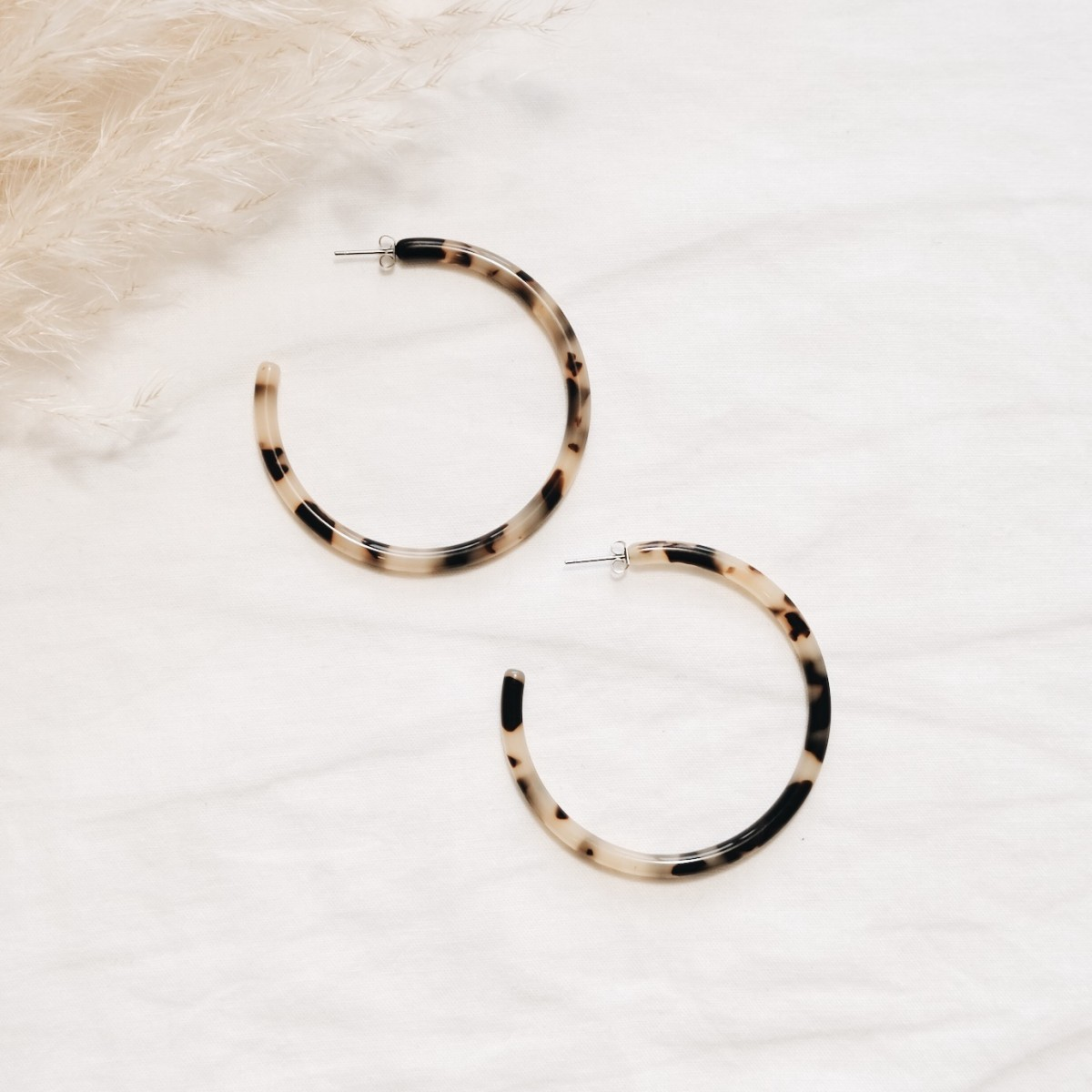 ACETAT HOOPS LARGE amber // EVE + ADIS
