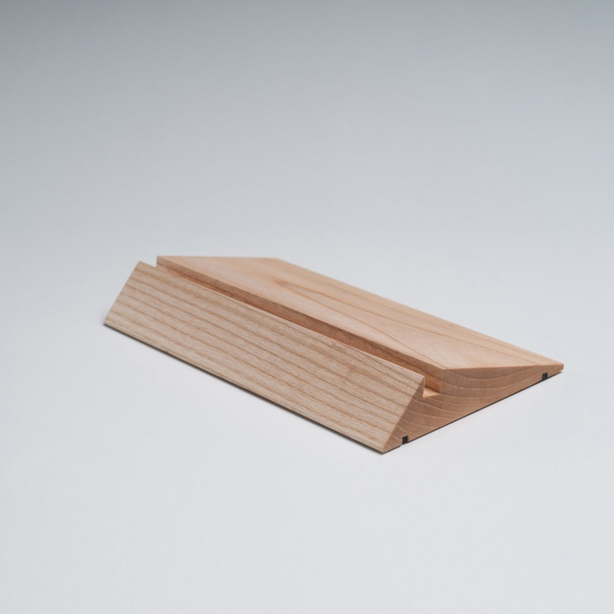 Lupadesign WEDGE - Tablethalterung