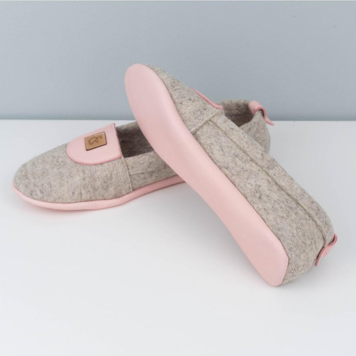 MEIN EIN & ALLES Hausschuhe für Damen aus Merino-Wolle und Bio-Leder in Rosa