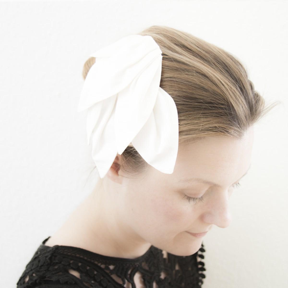 Irmeline Accessoires Manufaktur Haargesteck »La Moulière creme«