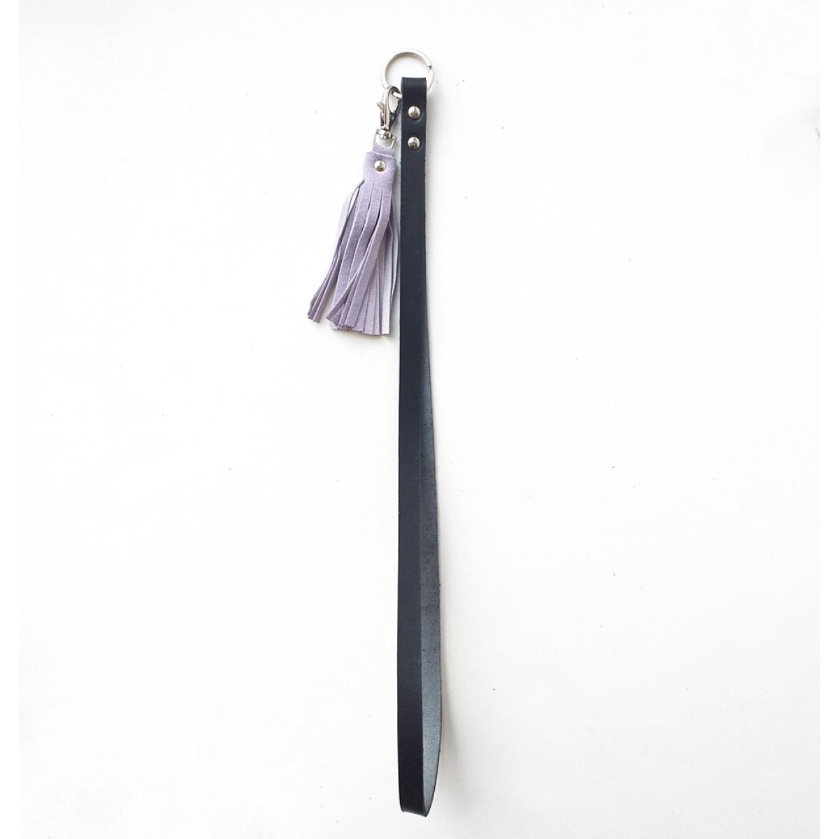 Grotkop Collection Schlüsselanhänger NORSK long in schwarz mit flieder farbenem oder kupter/pink Tassel