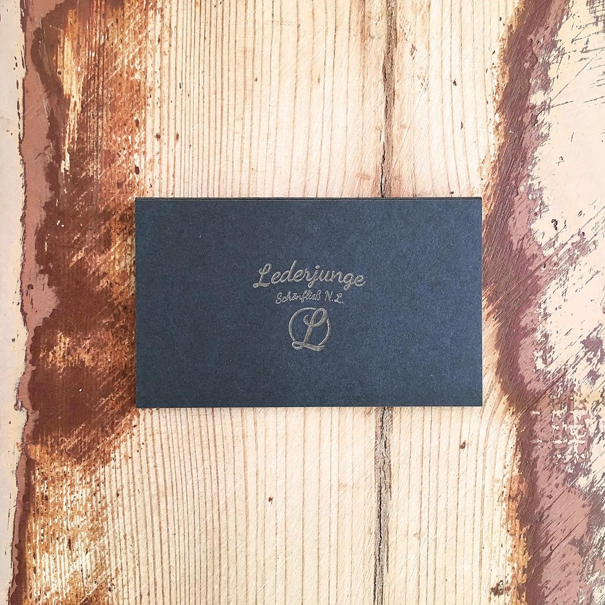 LEDERJUNGE – Ohrschmuck »ANN« aus rhabarberleder® (grau)