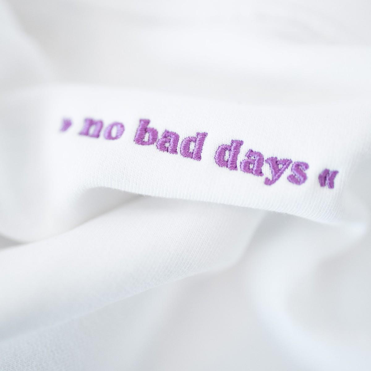 pellim. no bad days hoodie weiß