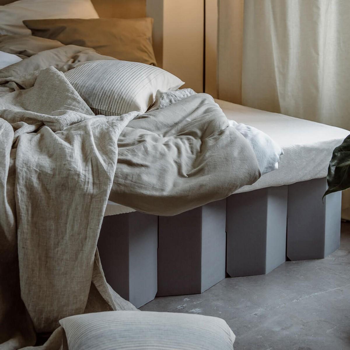 Nachhaltiges Bett 2.0 (kieselgrau) | ROOM IN A BOX