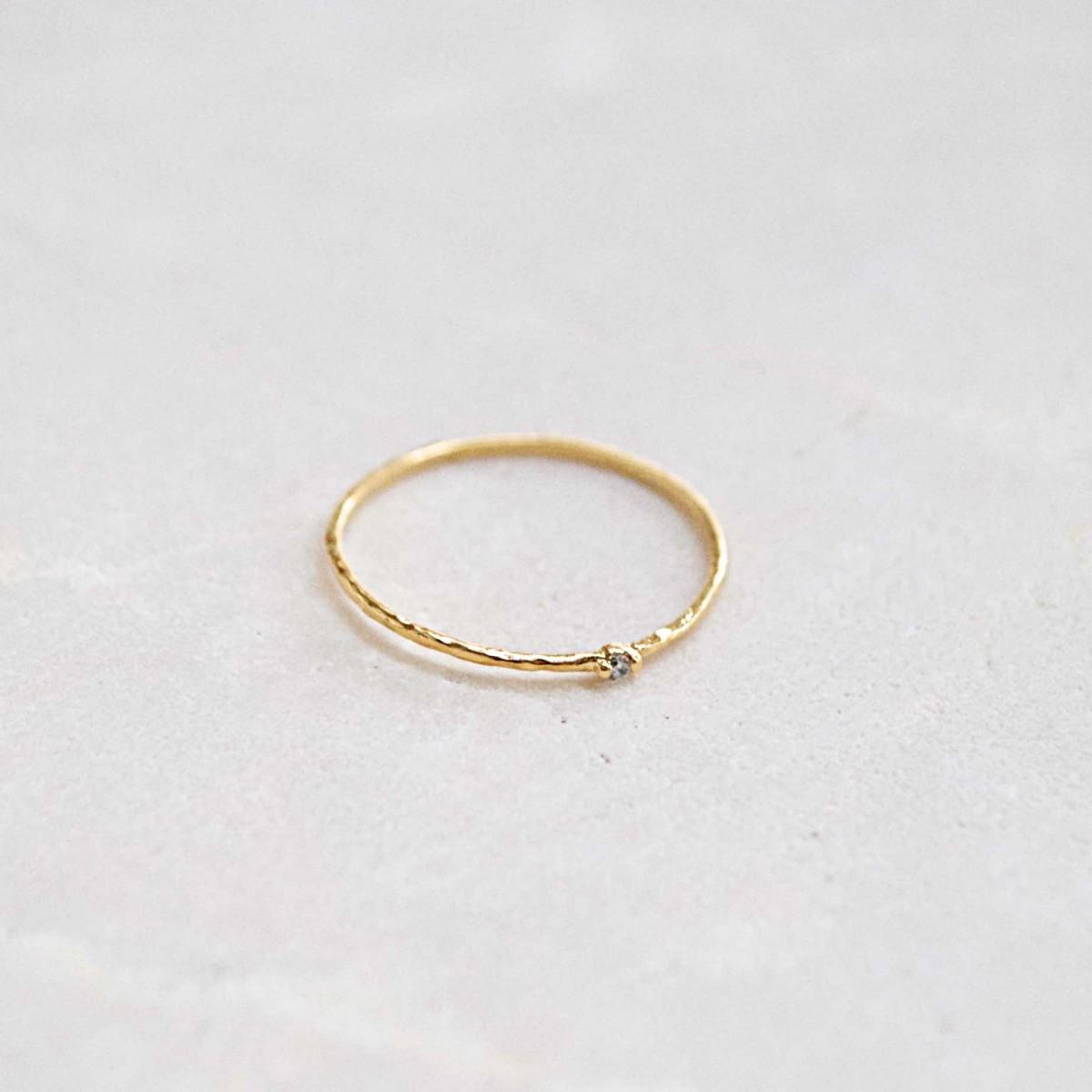 iloveblossom EYES THAT SPARKLE RING // gold