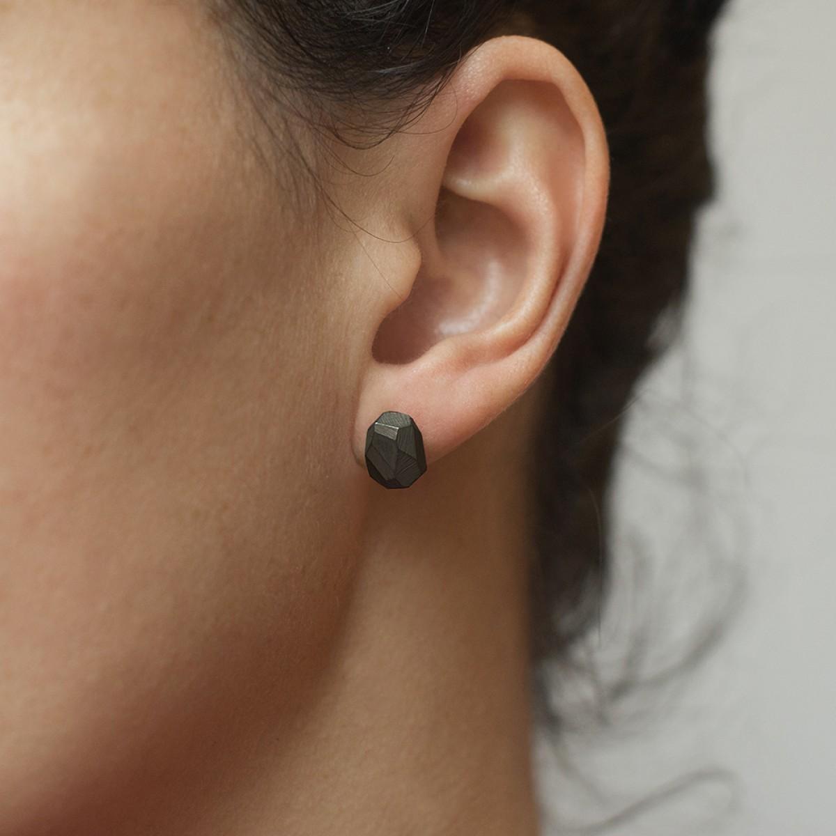 Rocky Ear Studs Black
