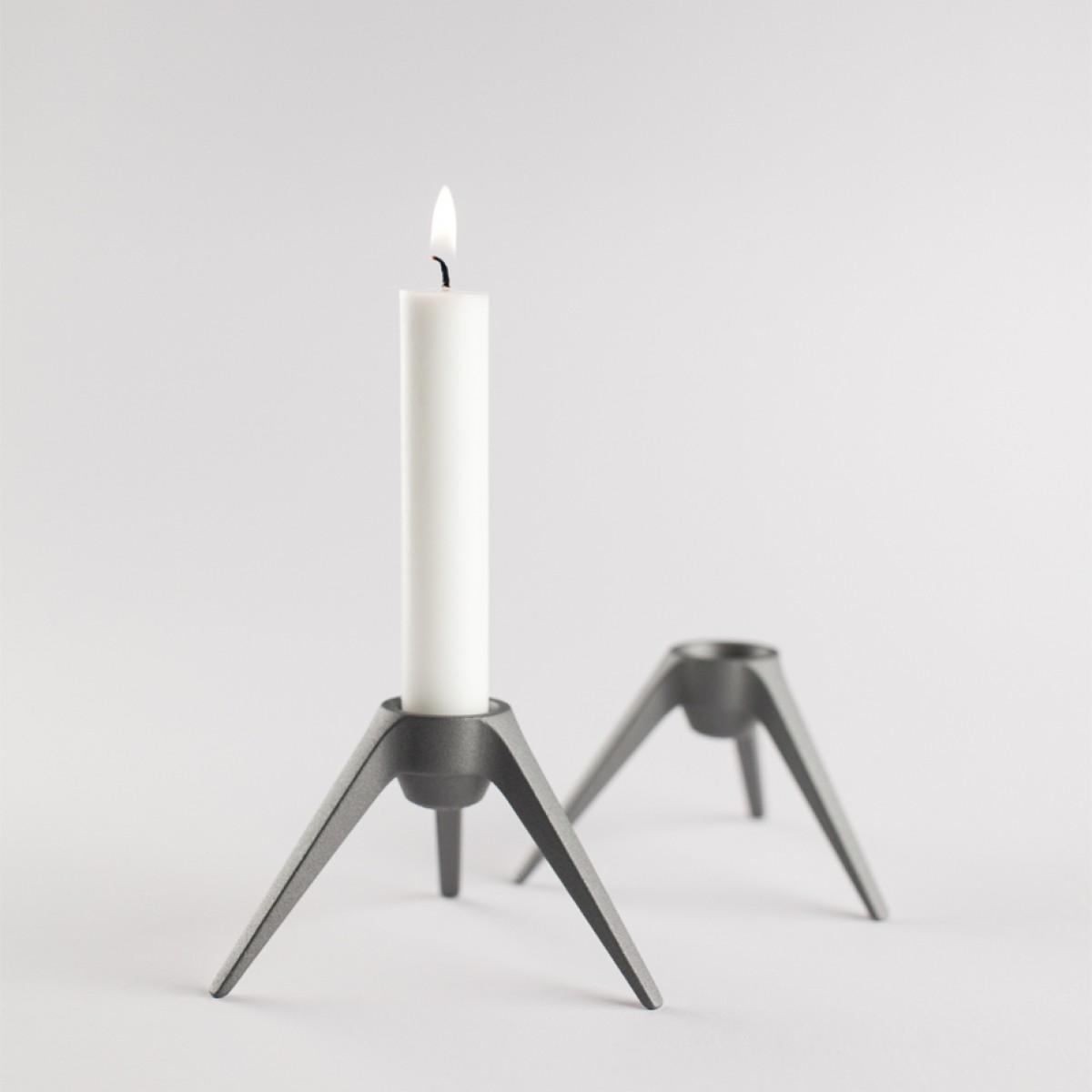 Satellite - Design Kerzenständer aus Metall - grau