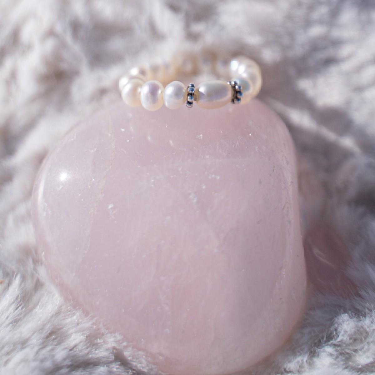 Fünf Perlen Ring