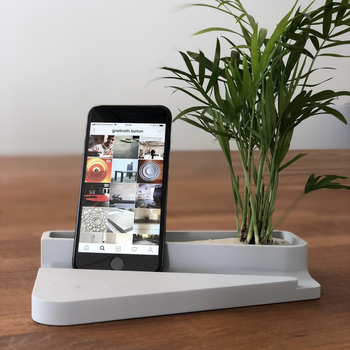 Utensilo für Tablet und Smartphone von Grellroth Design