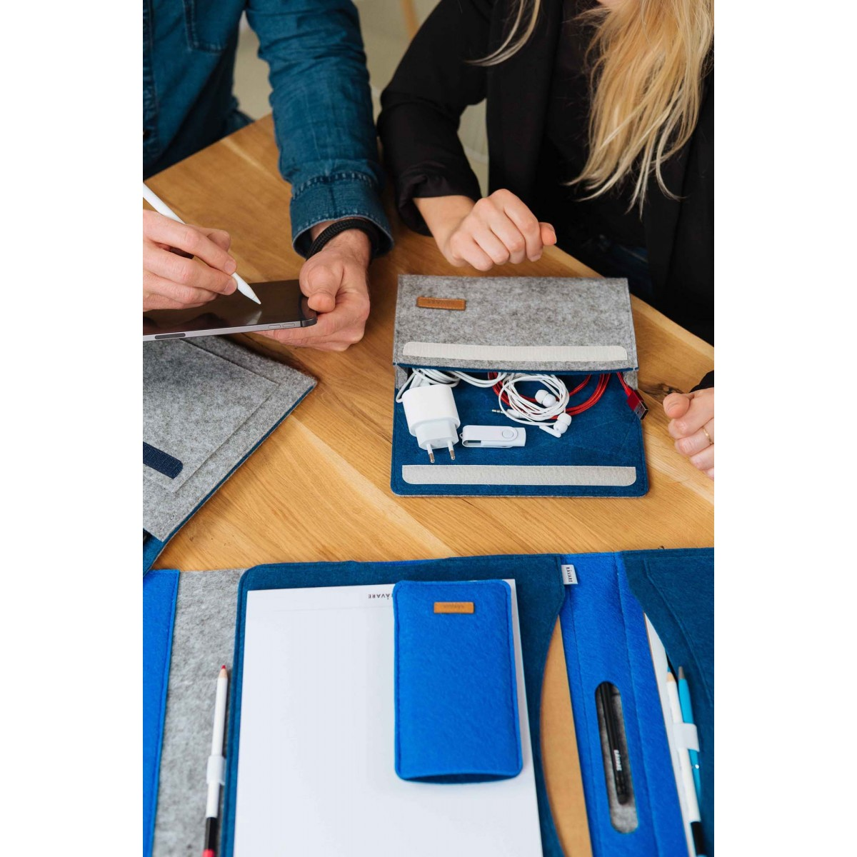 RÅVARE Kabeltasche aus Filz, für Netzteile Maus und Kabel, Laptop Zubehör